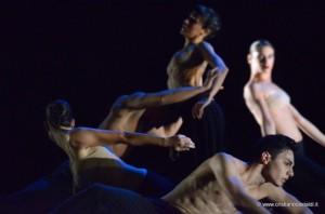 spellbound-coreografia-Mauro-Astolfi-foto-Cristiano-Castaldi-610x404